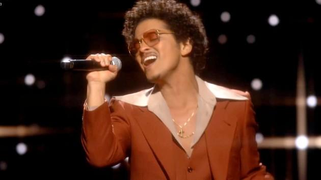Bruno Mars creates new dance moves for'Fortnite' - Music News