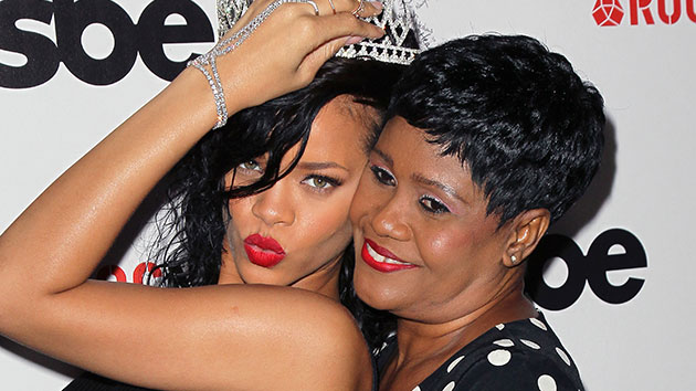 Rihanna spoils her mom on her 52nd birthday - Music News